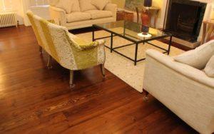 Varnishing / Lacquering